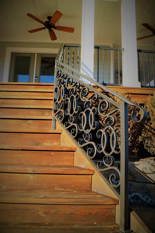 Front Porch Railing 2